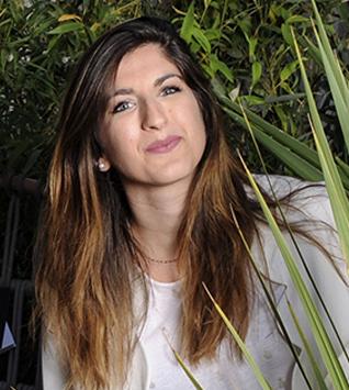 Sarah Fernandez - Responsable relation clientèle - et chargée communication